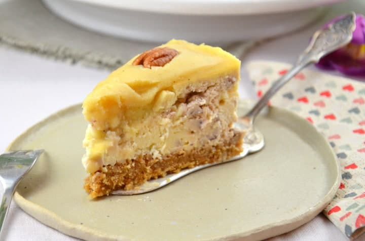 Pekan Butterscotch Cheesecake